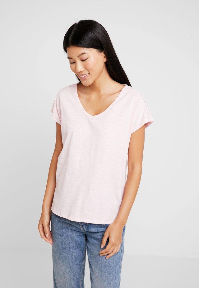 KURZARM - T-Shirt basic - soft rose