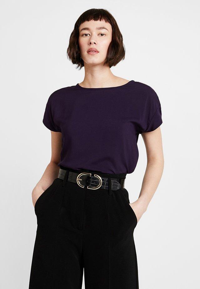SKITA - Pusero - dark violet