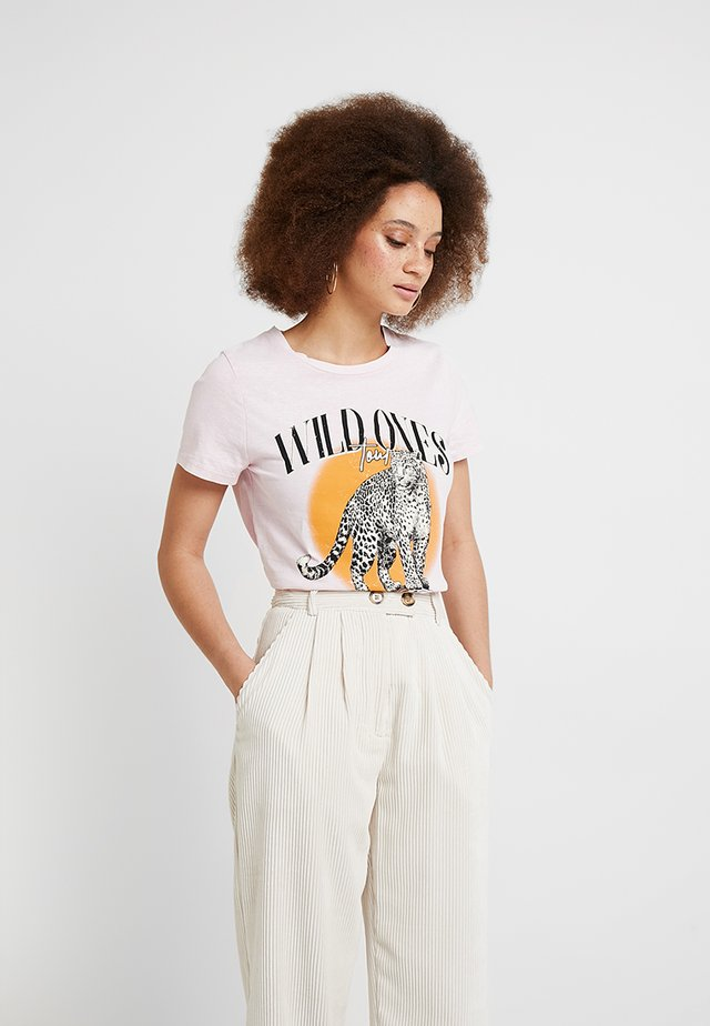 WILD ONES LEOPARD ACID WASH TEE - Print T-shirt - pink