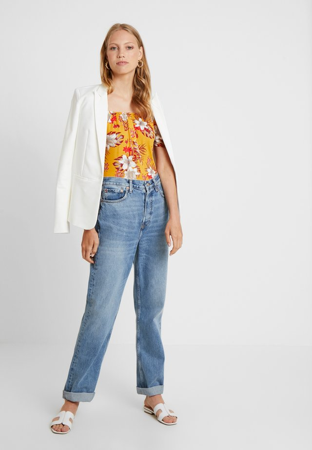 BUTTON THROUGH MILKMAID TROPICAL - T-shirt imprimé - ochre
