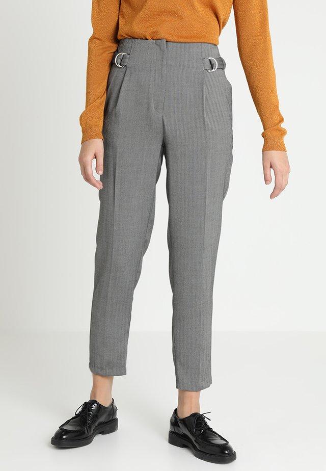 HERRINGBONE RING TAB TROUSER - Spodnie materiałowe - mid grey