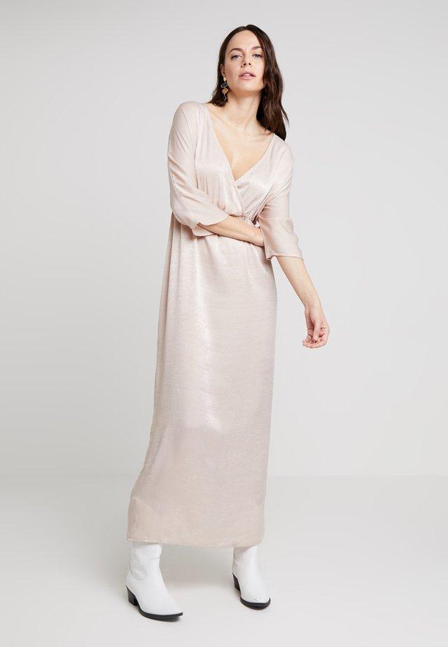 VILIAN EVENING DRESS - Maxi dress - rose dust