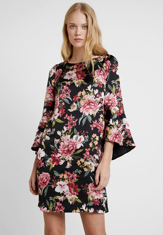 PRINTED DRESS - Vapaa-ajan mekko - black
