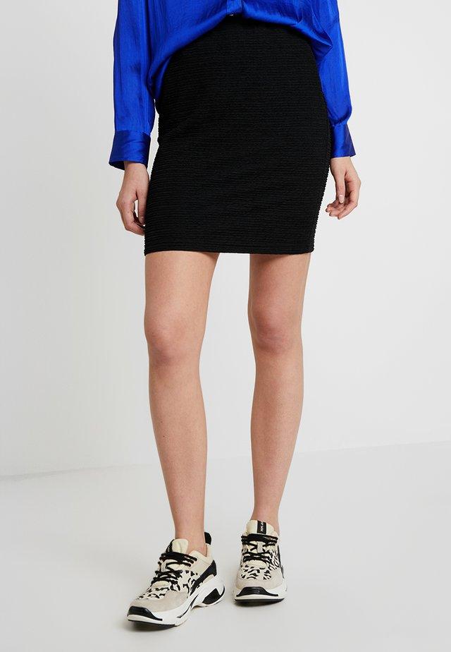 PULL ON SKIRT FLOW - Spódnica mini - black