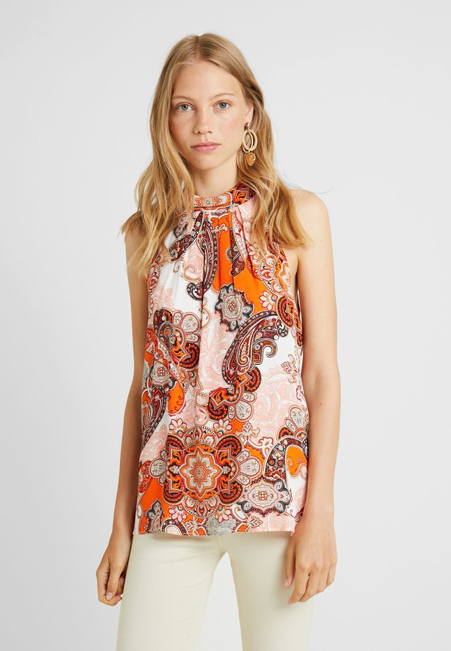 DREAM PAISLEY HALTER NECK - Bluse - orange