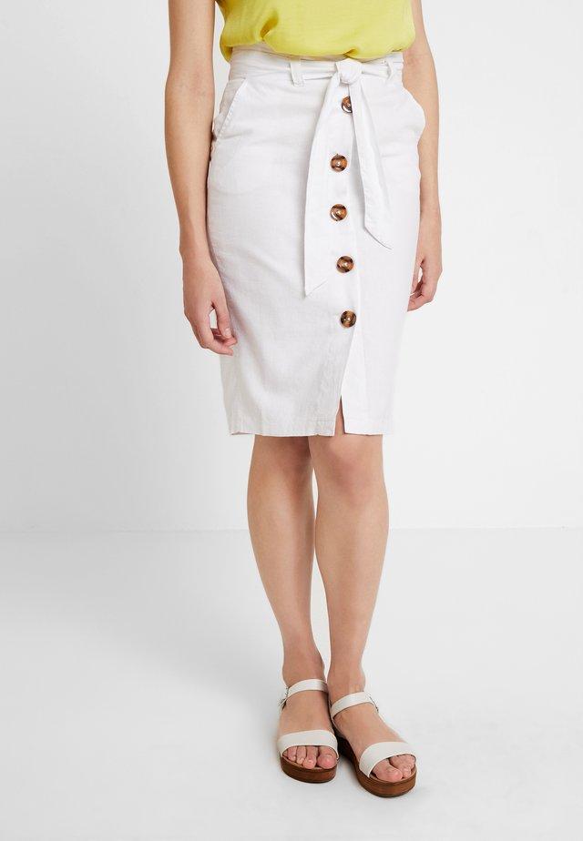 LILA BUTTON THRU  - Pencil skirt - white
