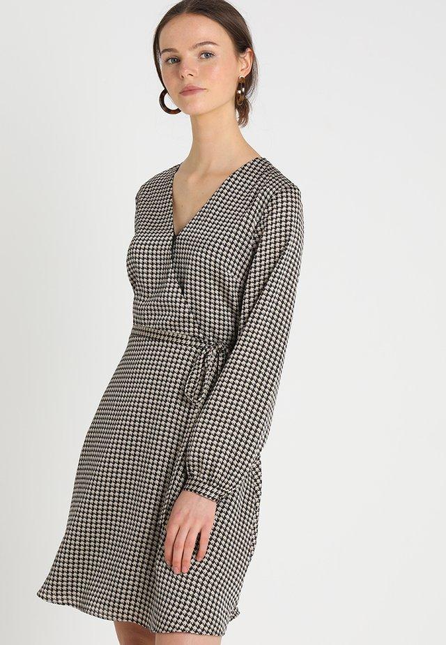 FAUX WRAP DRESS MARGARET ELEPHANT - Day dress - black