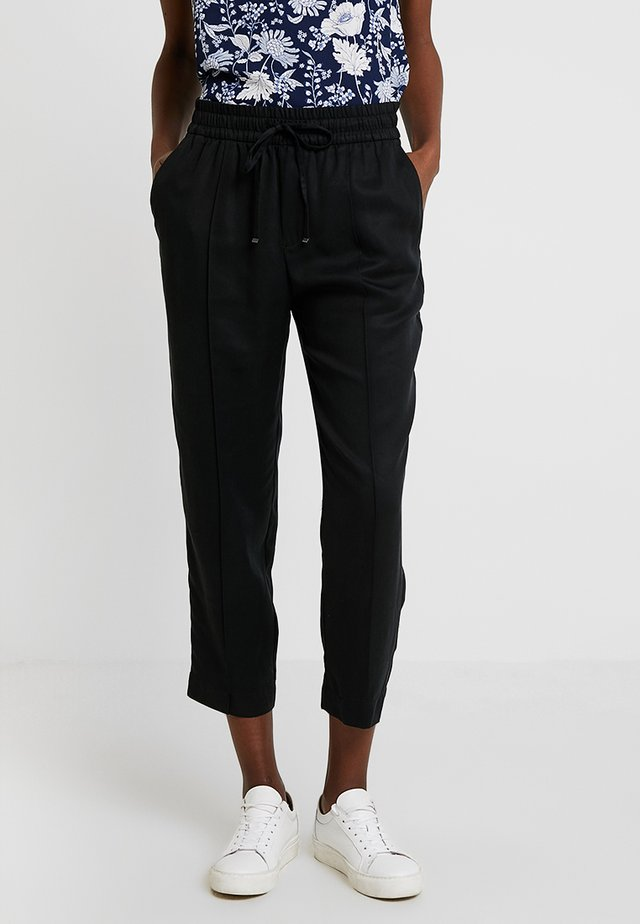 VERSATILE JOGGER TENCEL - Trousers - dark blue
