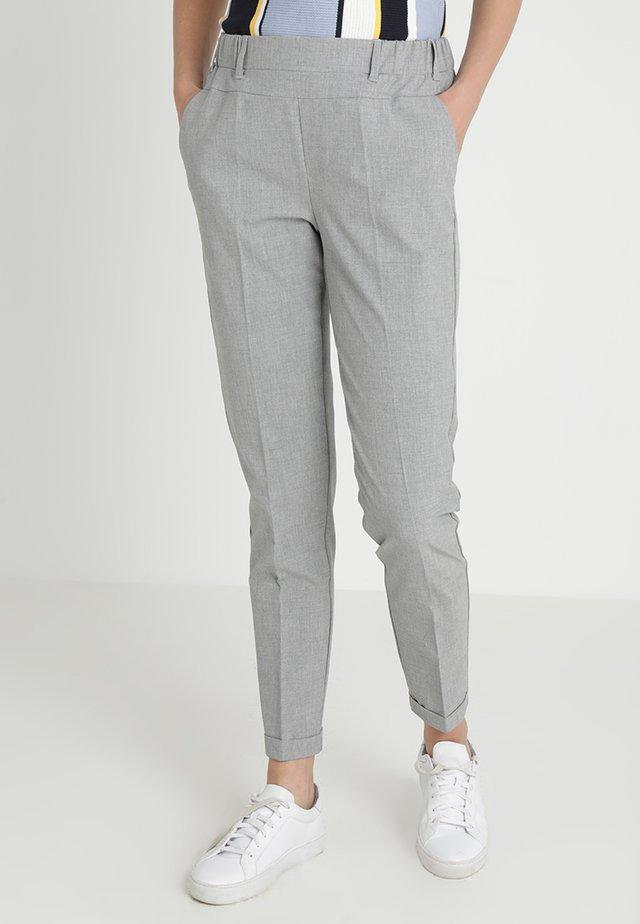 NANCI JILLIAN PANT - Pantaloni - light grey melange