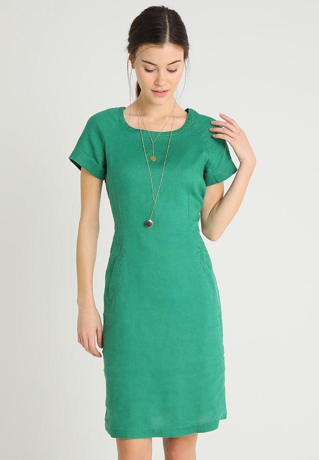 AUNDREAS - Vestito estivo - verdant green