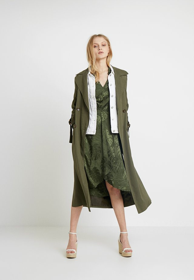 LEAF DRESS - Day dress - khaki
