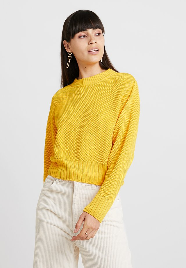 CROPPED JUMPER - Jersey de punto - sun yellow