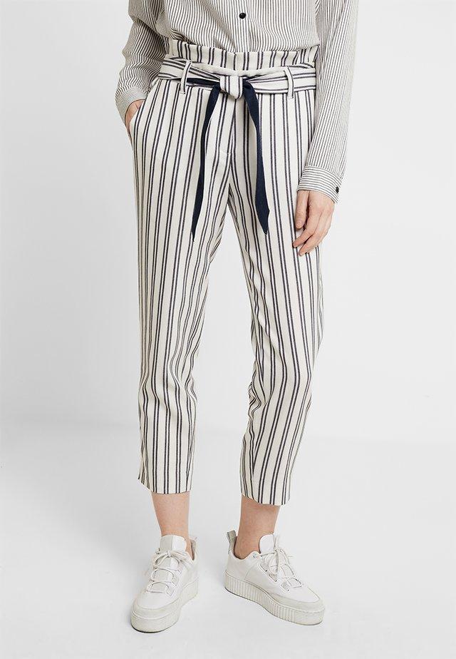 Spodnie materiałowe - white/blue