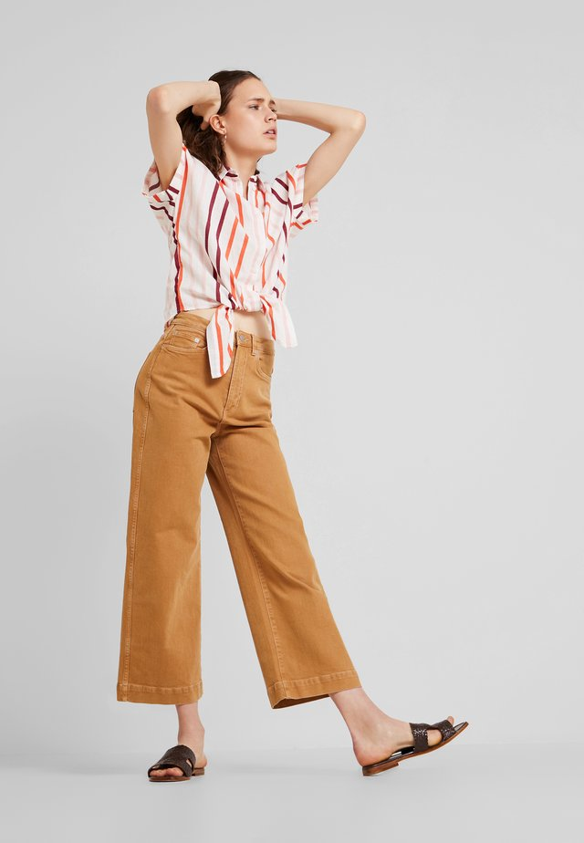 BLOUSE WITH LIGHT STRIPES - Chemisier - offwhite