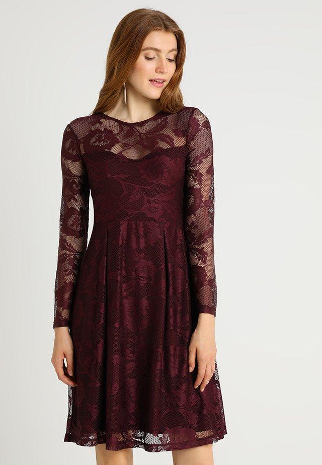finest selection bffab 1f578 Vestiti eleganti da donna | Zalando
