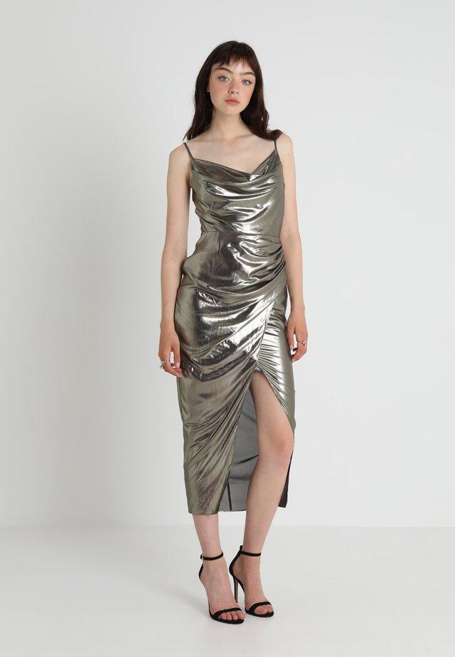 COWNL NECK MIDI DRESS - Vestito elegante - gold