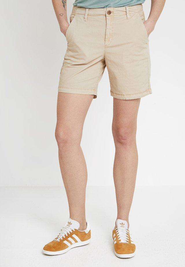 CLEAN  - Shorts - wicker