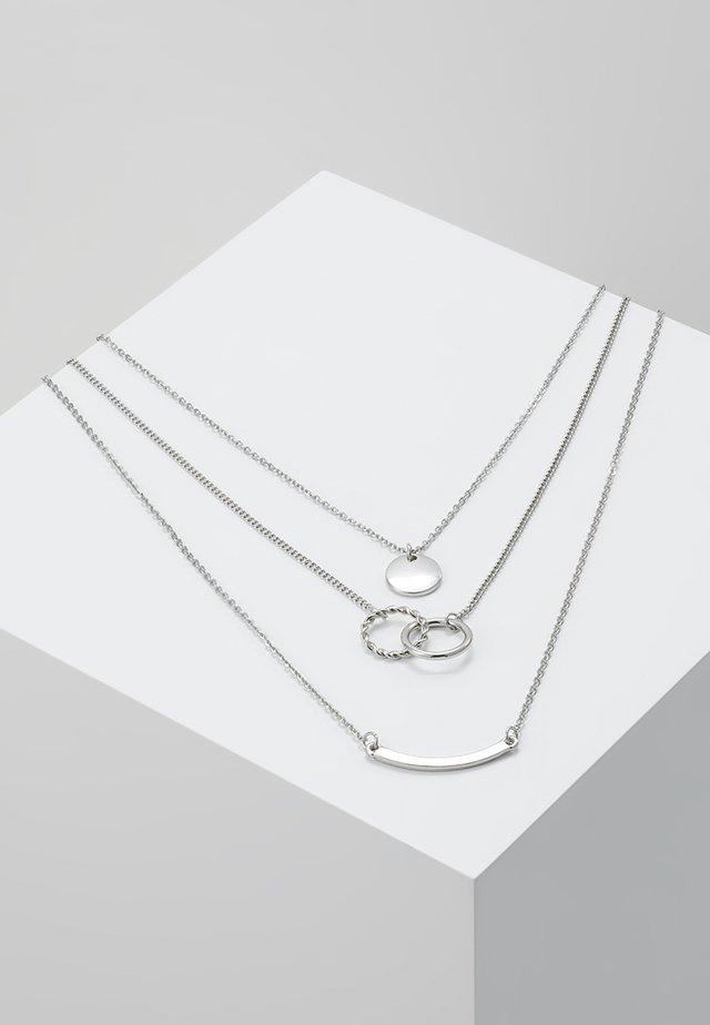 PCTINNA COMBI NECKLACE - Halskæder - silver colour