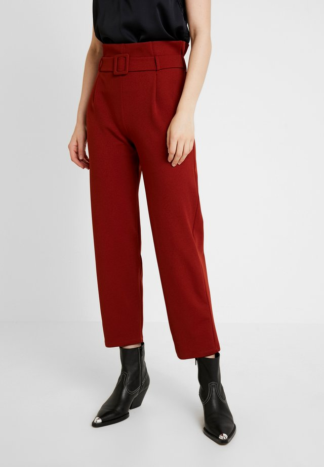 BELT PAPERBAG TROUSER - Broek - terracotta