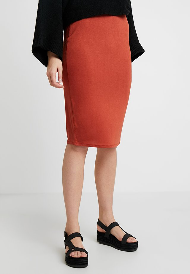 PENCIL SKIRT - Gonna a tubino - rust