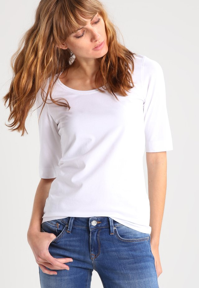 SANIKA - T-shirt basique - white