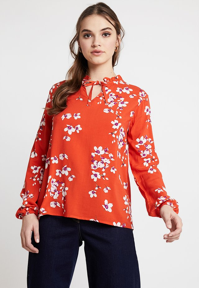 BYHAILEY FRILL BLOUSE - Bluser - red combi