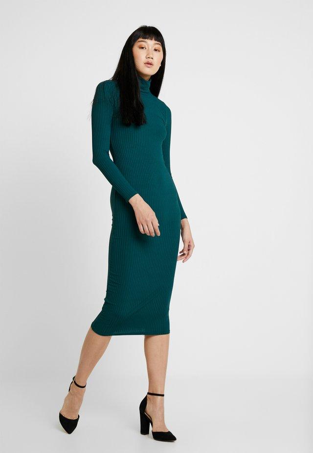 buy popular 42c6a adb51 Vestiti da donna verde | Scoprili su Zalando