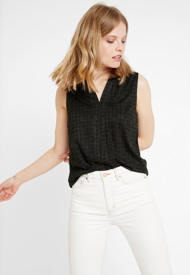 T Shirts Topsamp; Femme Chez Zalando OpusTous Les Articles fYyvI7b6g