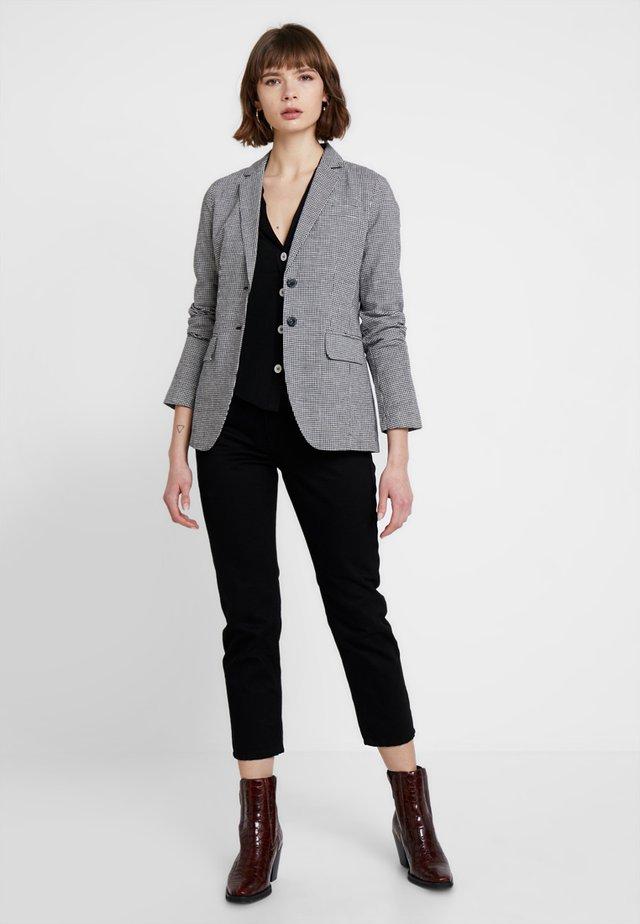 5f0b09141 Blazers online | Comprar chaquetas de mujer en Zalando