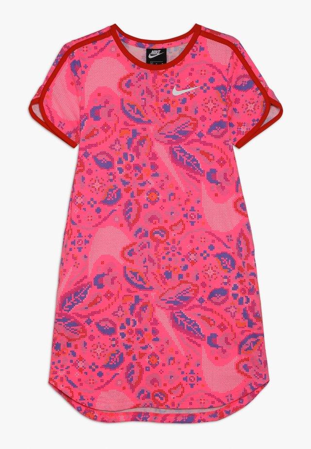 DRESS  - Jerseykleid - hyper pink/habanero red/white