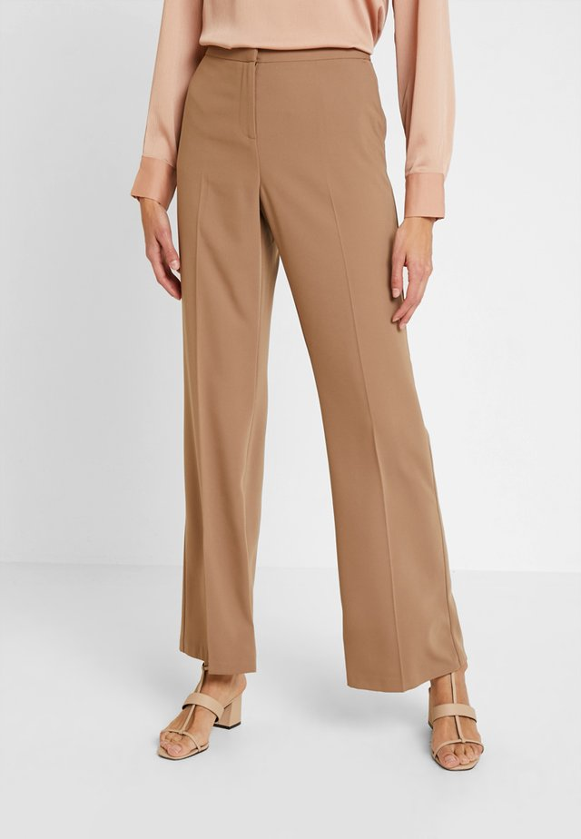 BOOTCUT - Pantaloni - light brown