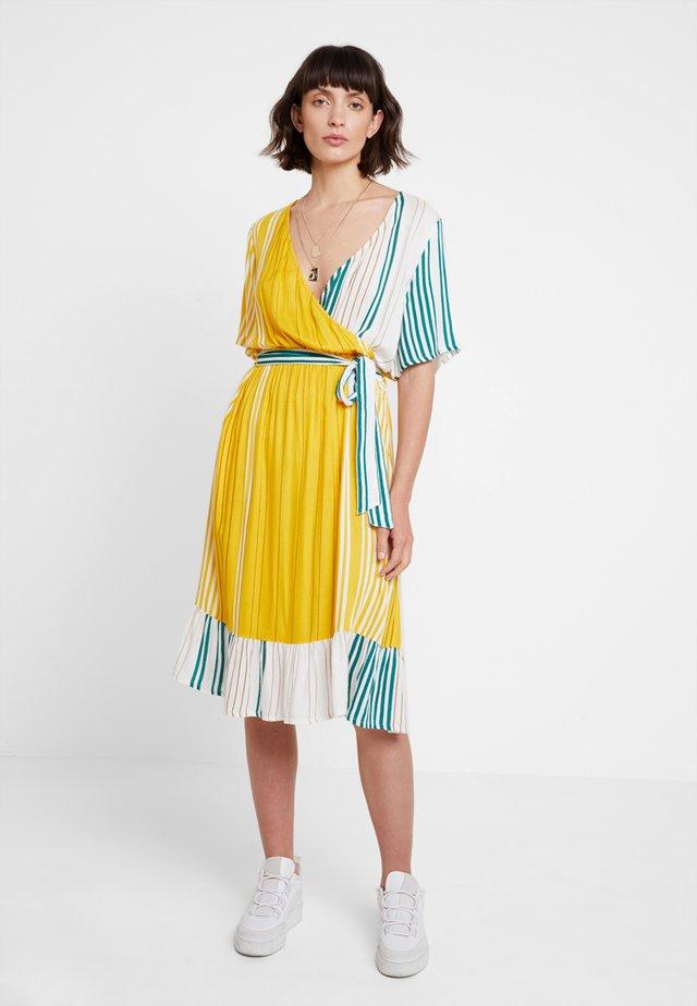 KAASTRID DRESS - Vestido informal - tidepool