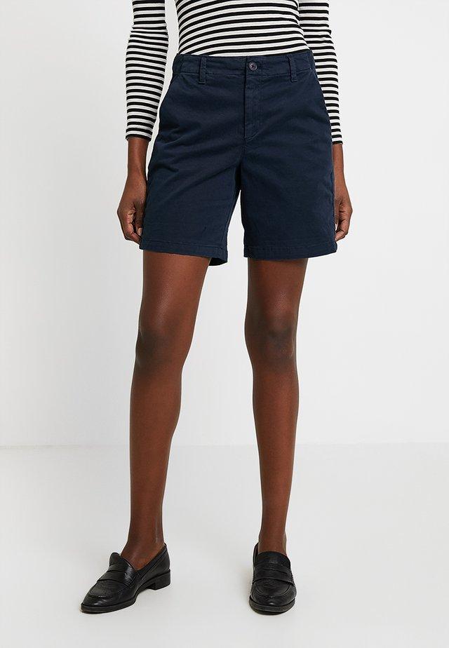 CLEAN  - Shorts - true indigo