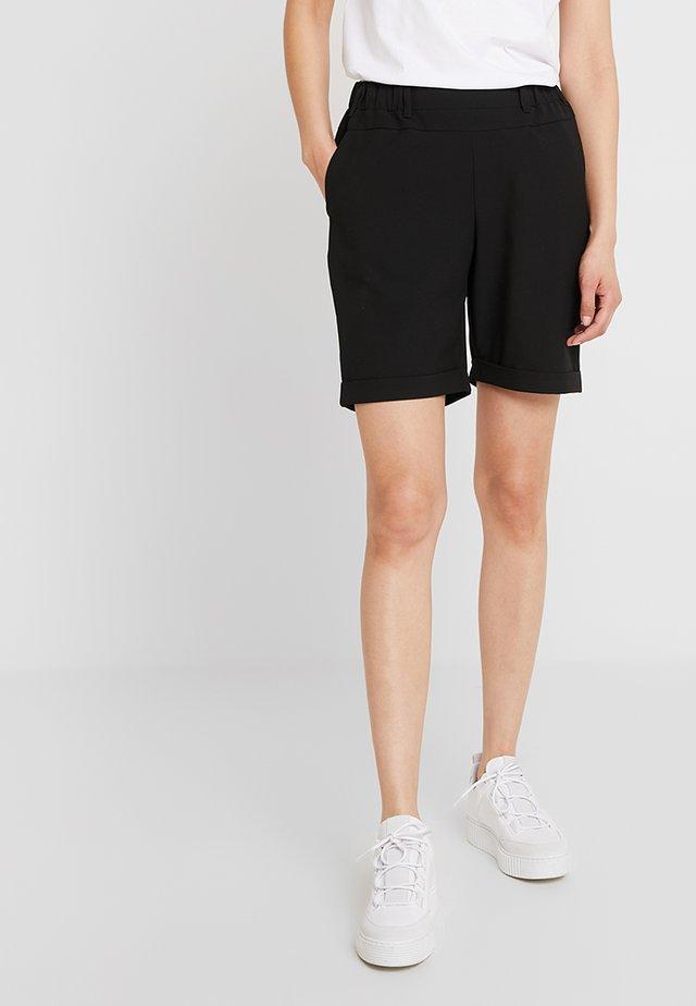 NANCI JILLIAN BERMUDA PANTS - Shorts - black deep