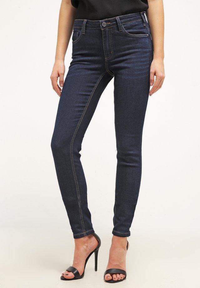 BETTY PERFECT - Jeans slim fit - denim dark ocean