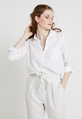 LUCY POCKET - Bluse - white
