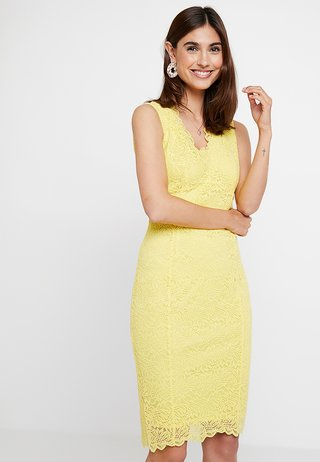 SCALLOP V NECK SHIFT - Cocktailkleid/festliches Kleid - yellow