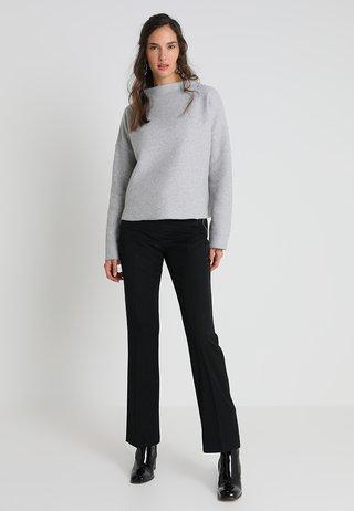 GESINA - Stickad tröja - iron grey melange