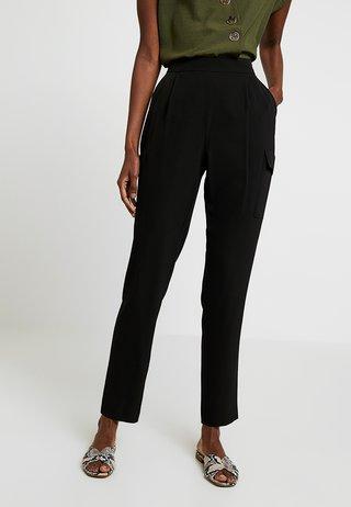 UTILITY HENNA - Pantaloni - black