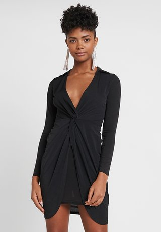 COLLAR TWIST BODYCON - Vestito di maglina - black