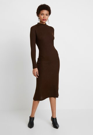HIGH NECK ASYMMETRICAL MIDI - Jersey dress - choc