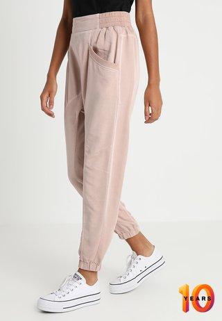 DAISY PANTS - Pantaloni - rose smoke