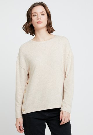 TWIST FRONT BRUSHED - Strickpullover - camel