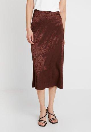 Falda larga - chocolate