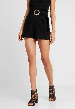 BERMUDA BUCKLE - Shorts - black