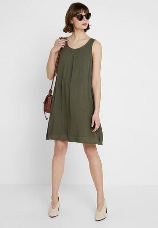 KALINA AMBER DRESS - Vestido informal - grape leaf