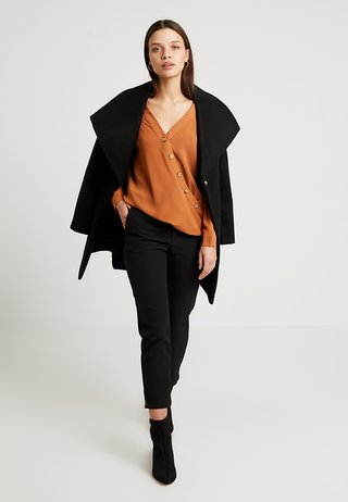 BUTTON WRAP - Blouse - toffee