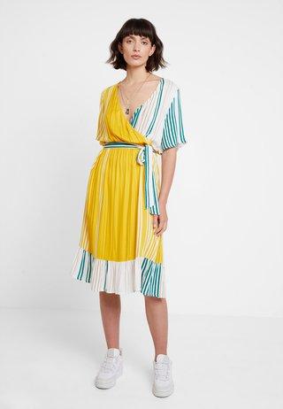 KAASTRID DRESS - Kjole - tidepool