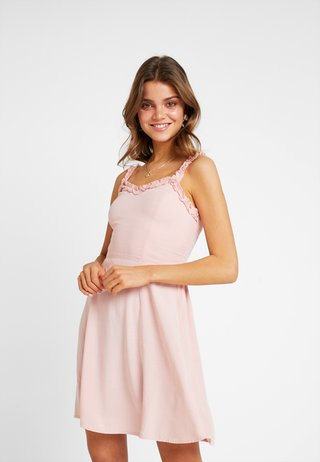RUFFLE EDGE SUNDRESS - Denní šaty - light pink