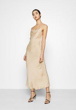 Vero Moda - VMCENTURY OPEN BACK DRESS - Festklänning - gilded beige